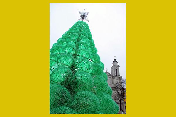 különös karácsonyfa (demilked.com)