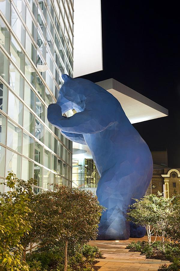 Kék Medve (denverconvention.com)