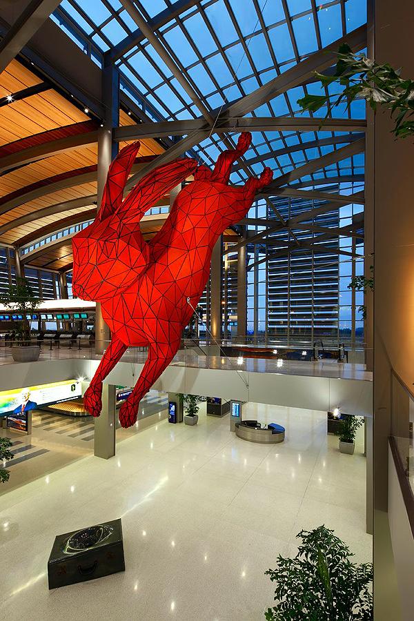 Piros Nyúl (blog.archpaper.com)