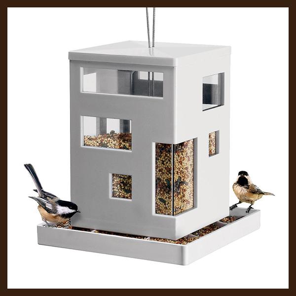 modern madáretető (thegreenhead.com)