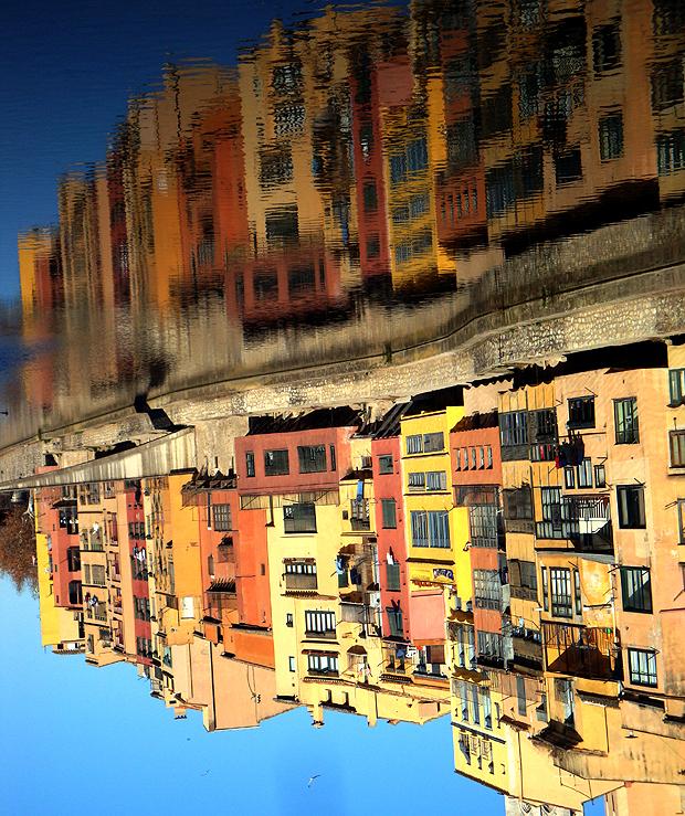 Girona, folyópart (funfgemuse.wordpress.com)