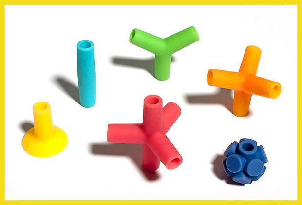 színes gumielemek - építőjáték