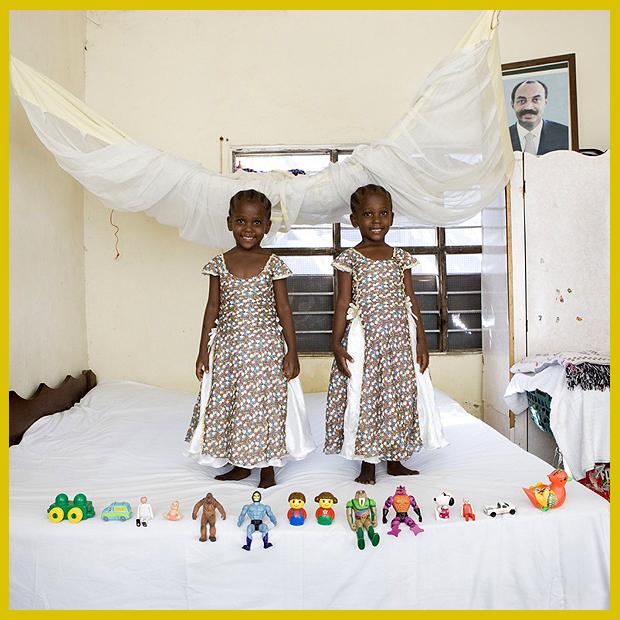 az ikrek kedvenc játékai és gyerekszobájuk - Bububu, Zanzibar, Afrika