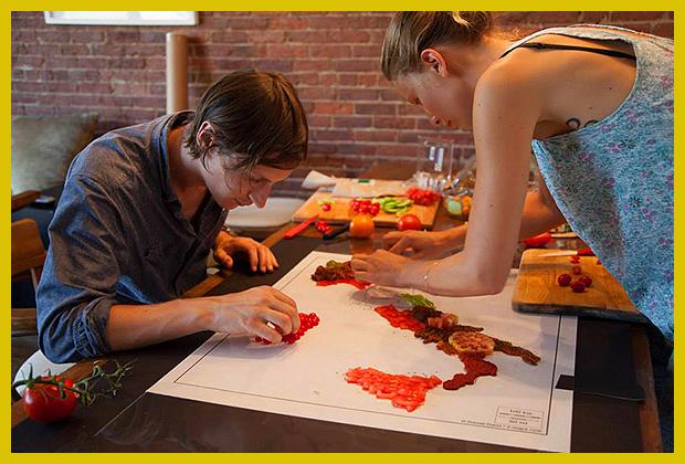 így készült: a fotós és a food-stylist munka közben - készülnek az ételtérképek