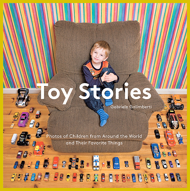 fotók a világ különböző pontján élő gyerekekről és kedvenc játékaikról