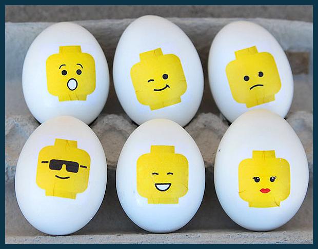 egyszerűen és gyorsan elkészíthető Lego figurás húsvéti tojások