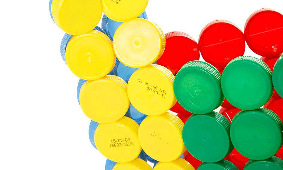 újrahsznosítás - műanyag kupakok