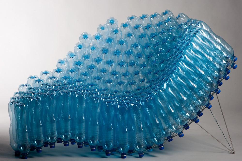 ülőbútor műanyag palackokból - újrahasznosítás