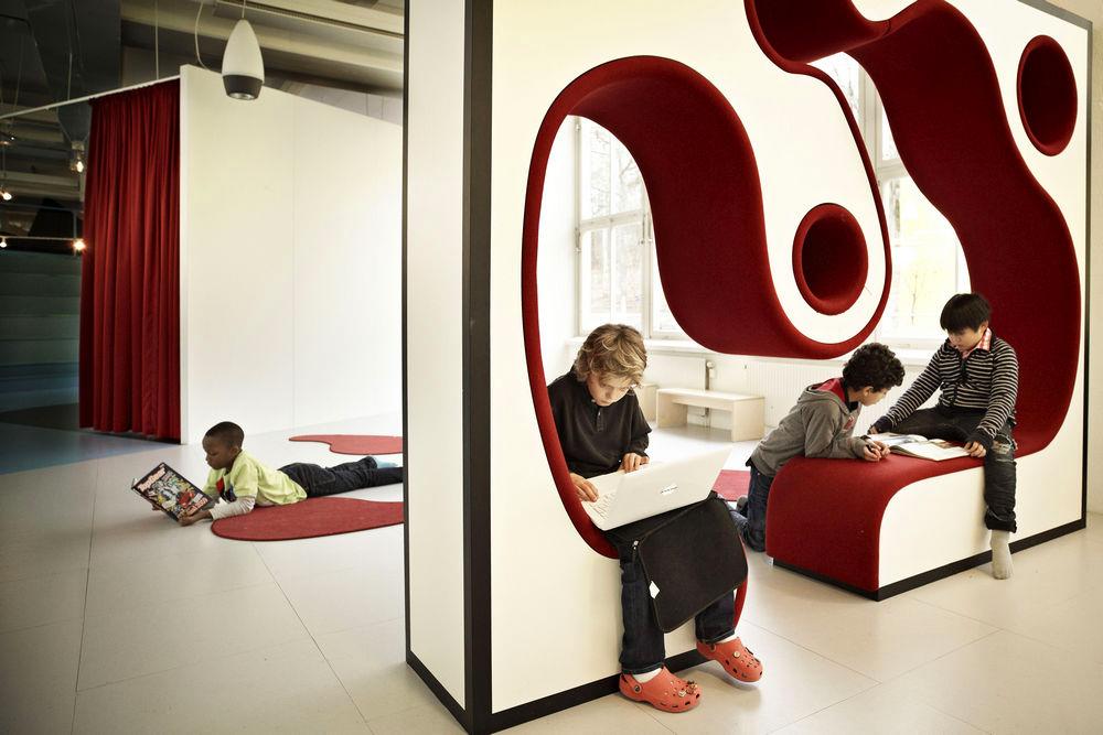 közösségi terek az iskolában - Stockholm Svédország