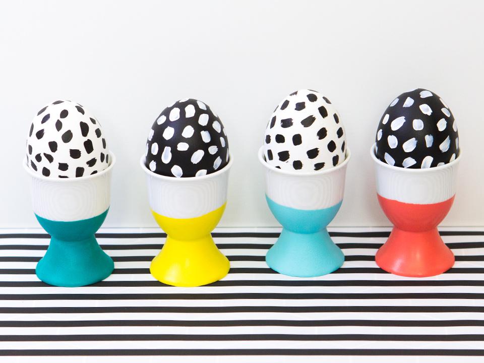 fekete fehér pöttyös húsvéti tojások
