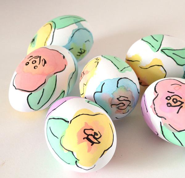 festék és filctoll virágok - húsvéti ötletek