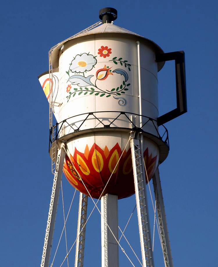 különleges víztorony - kávéskanna