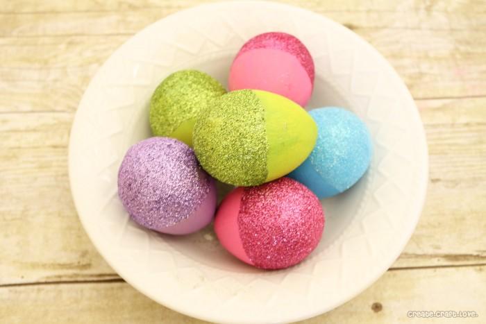 színes és csillogó - különleges húsvéti tojások