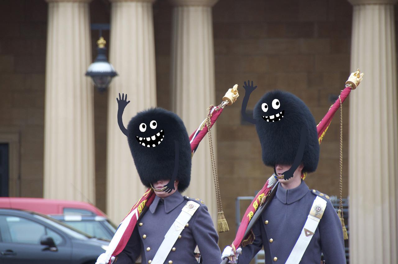 életre kelnek a Brit királyi testőrség jellegzetes fejfedői