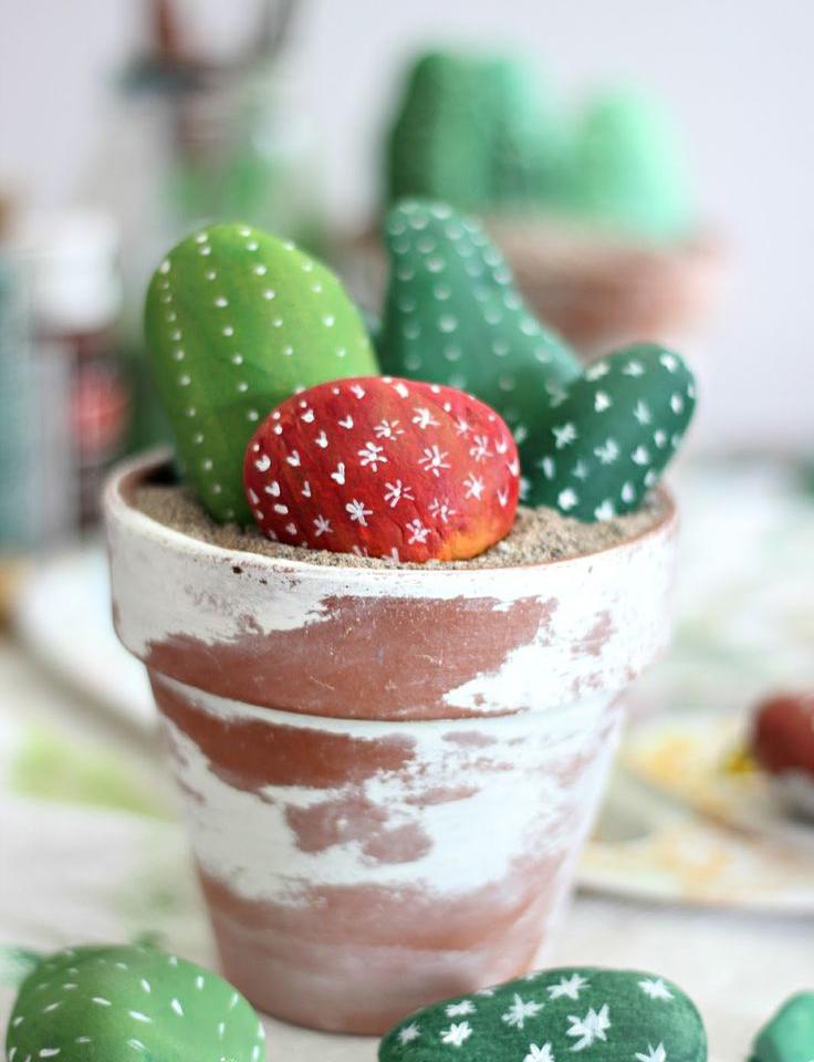 látványos kaktuszok kavicsból - kreatív ötletek
