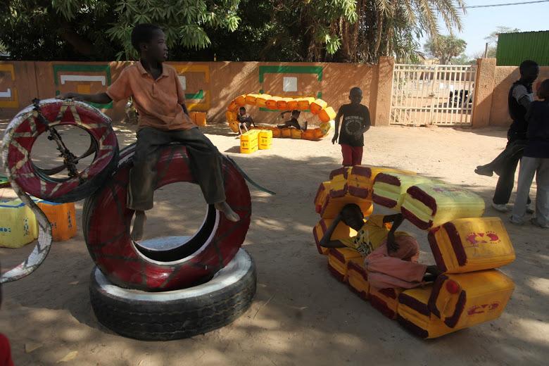 újrahasznosítás a játszótereken