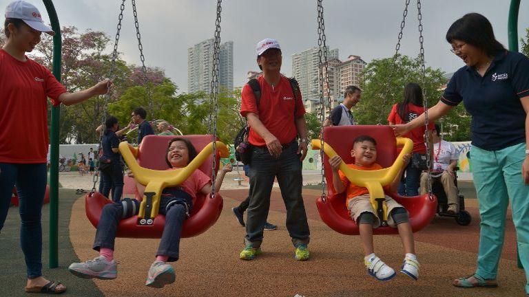 játszótér kerekesszékes gyerekeknek