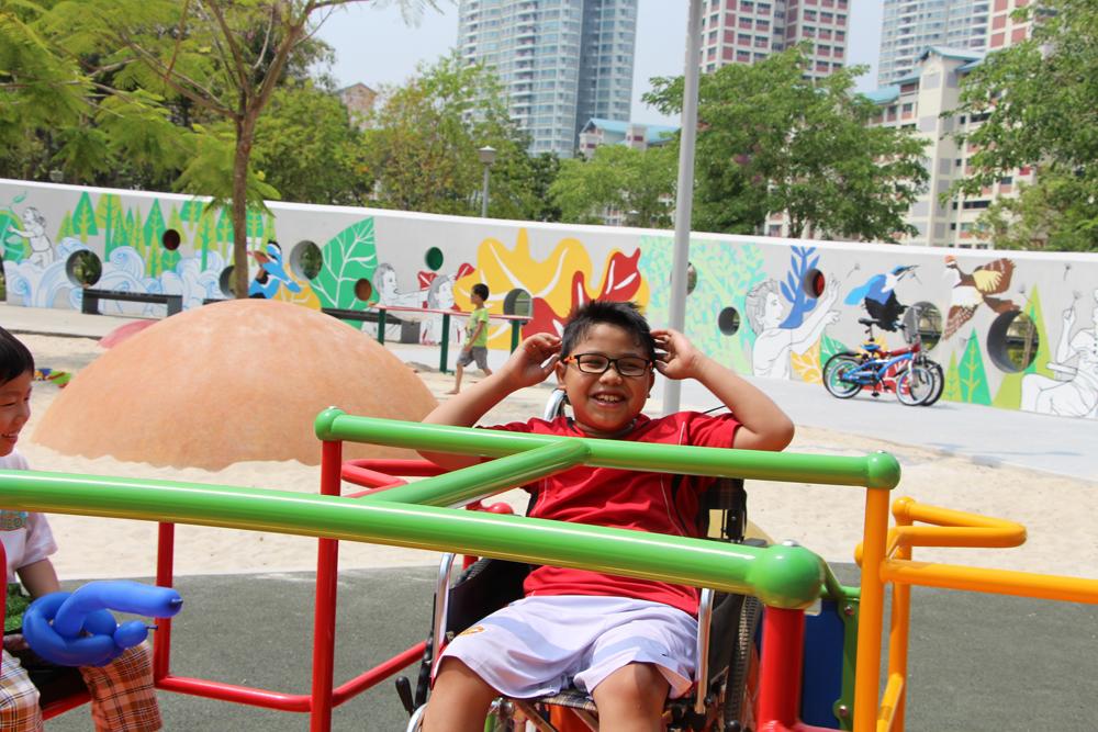 szingapúri játszótér kerekesszékes gyerekeknek