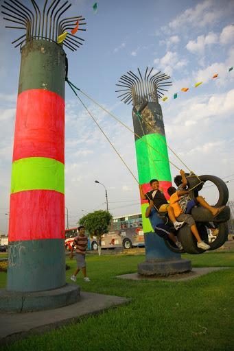 városi terek és gumiabroncsok újrahasznosítása