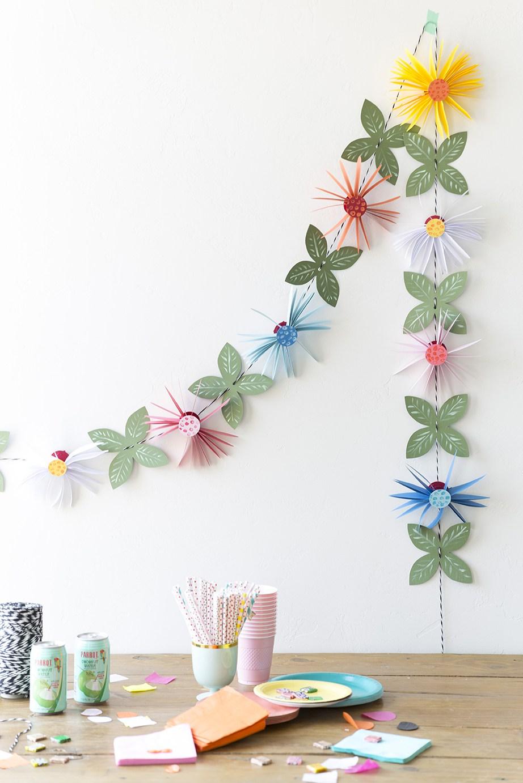 virágos papír girland