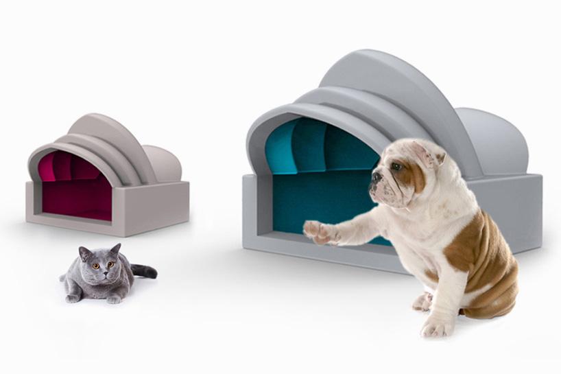 Melyik épületről mintázták ezeket a cica-és kutyaházakat?