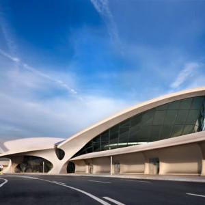 A New York-i John F. Kennedy repülőtér épületéről, amit Eero Saarinen tervezett.