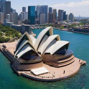 A Sydney-i Operaházról (tervező: Jørn Utzon).